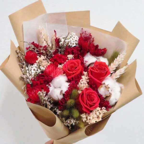 Red Dried Preseved Flower Bouquet